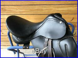 17 Collegiate English Dressage Saddle with Stirrups Leathers and Fleece Girth