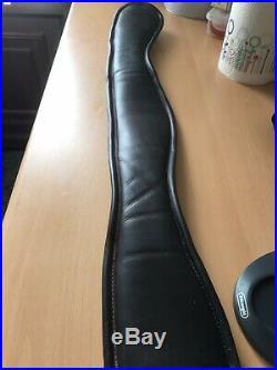 Albion Humane Short Dressage Girth Havana size 30anatomical