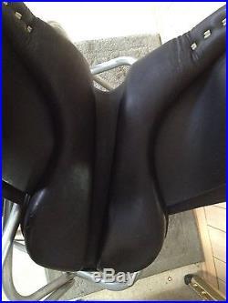 DRESSAGE SADDLE 16 BLACK LEATHER Medium Tree DEEP SEAT with Girth