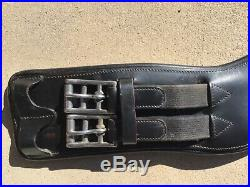 Dressage Girth Ovation style 28 inches offered in Black with elastic and buckles