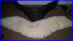 Fairfax performance dressage girth with 2x Lemieux lambskin covers. Black 26