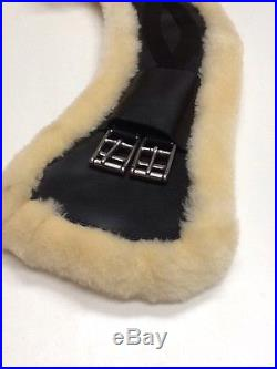 HKM Dressage Leather Girth -WAVE- With Removable Sheepskin