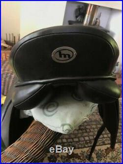 Heather Moffett Black FlexEE Finale Delux Dressage Saddle 17.5Inc leather girth