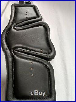 Stubben Horse Equi-Soft Leather Dressage Girth 28. Black, excellent condition