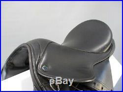 Stubben Maestoso Dressage Saddle 15.5'' XW plus leathers, irons and girth