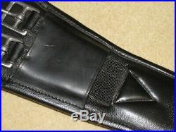 Terrific NUNN FINER Thickly Padded PIAFFE Black Dressage Girth Light Use 30