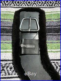 Total Saddle Fit Shoulder Relief Cinch 30 Black with Black Fleece Liner