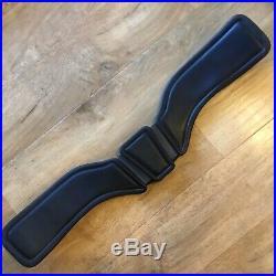 Total Saddle Fit Stretchtec Shoulder Relief Dressage Leather Girth Black Size 28