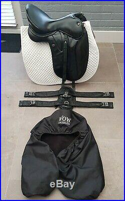 Wow Dressage Saddle H GIRTH and Stirrup Leathers
